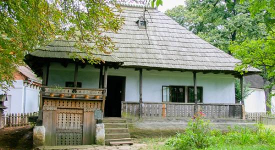 muzeul-satului(2)